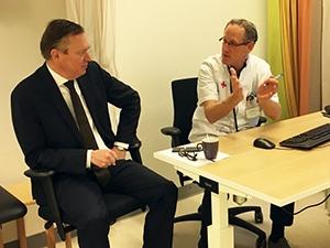 Minister Bruno Bruins en algemeen voorzitter Marcel Daniëls